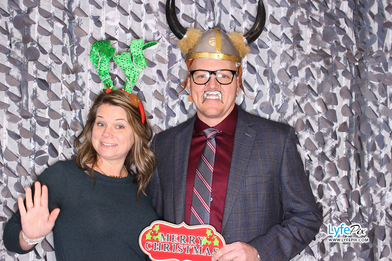 red-hawk-2017-holiday-party-beltsville-maryland-sheraton-photo-booth-0037.jpg
