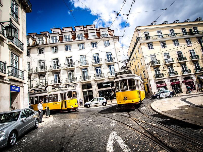 Lisbon-7020362.jpg