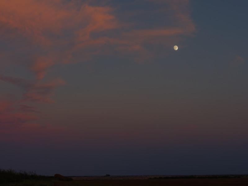 Moonrise, November 1, 2017