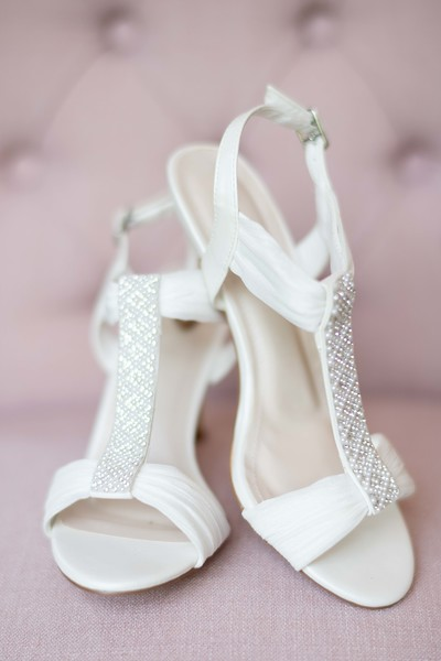 Brides-Shoes.jpg