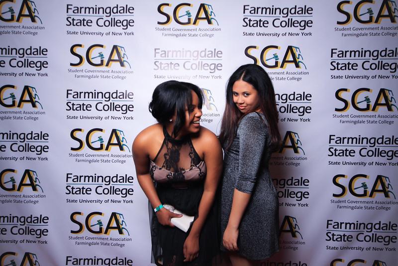 Farmingdale SGA-275.jpg