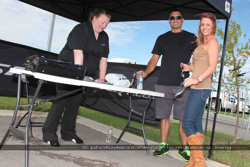 Kate Stearns welcomes Viper owners.