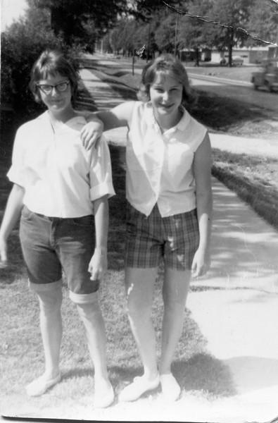 Linda Finfrock and Rachel Regnier
