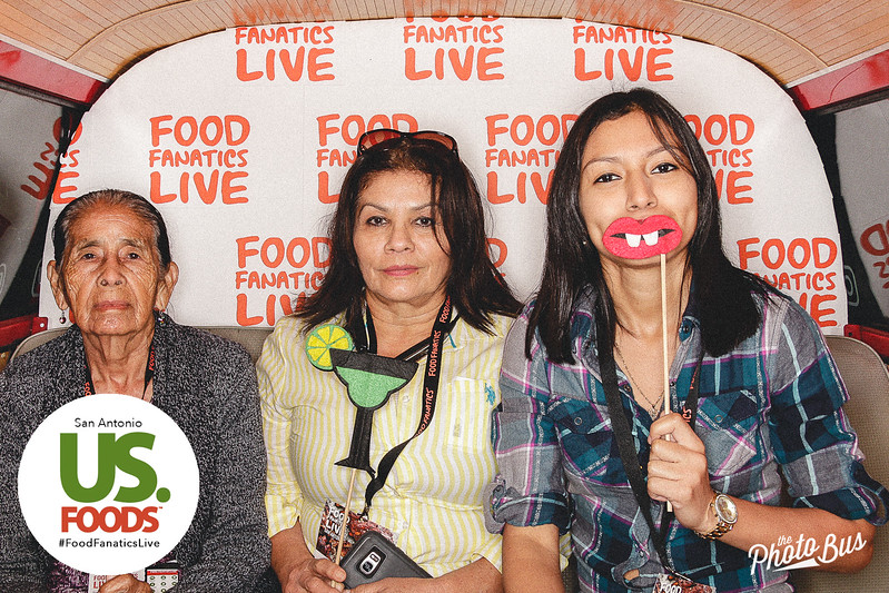 us-foods-photo-booth-270.jpg