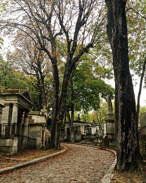 Lachaise Cemetery _9156.jpg
