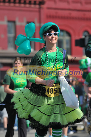 5K Finish Gallery 2 - 2012 Corktown 5K (331 photos total)