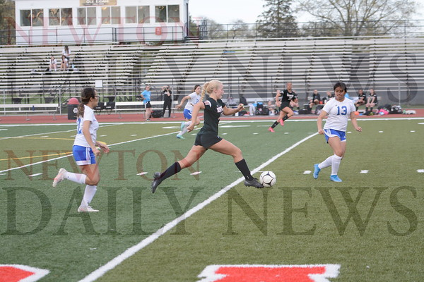Newton Girls Soccer vs. Perry 4-30-21