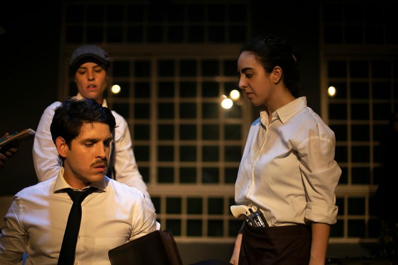 Allan Bravos - Celia Helena - O Beijo no Asfalto-1065.jpg