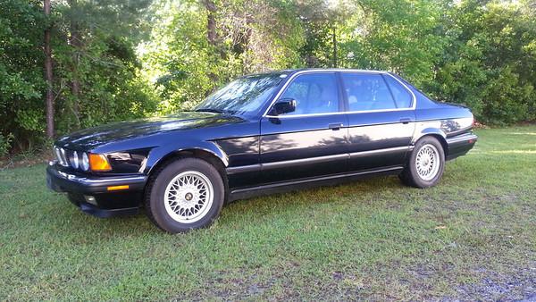 1991 BMW 750iL - Black