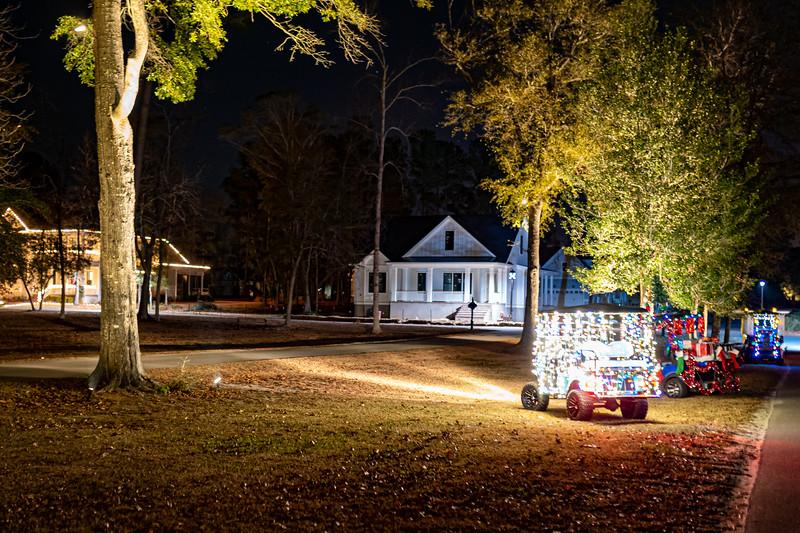 Christmas Lights-GolfCarts 12.20-7.jpg
