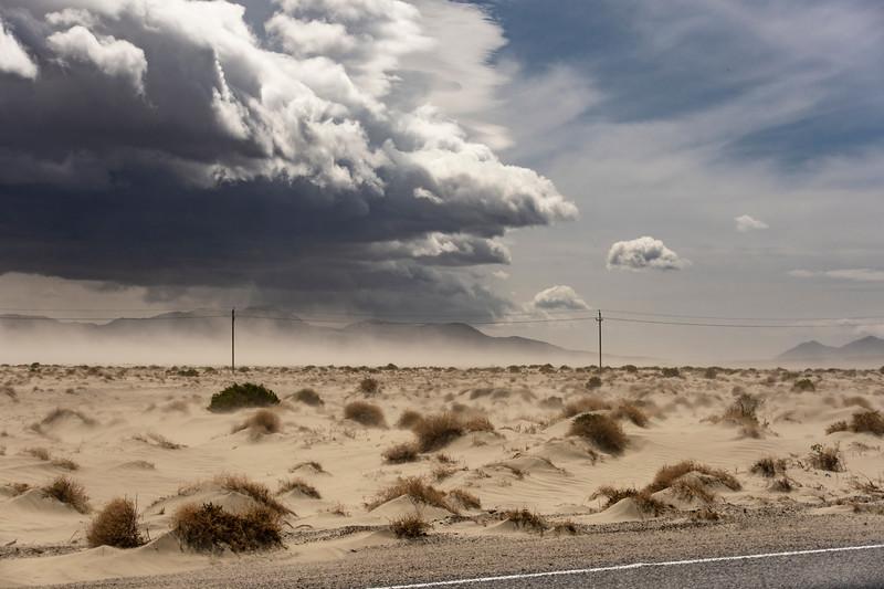 Dust-storm-Owens-Valley-CA3.jpg