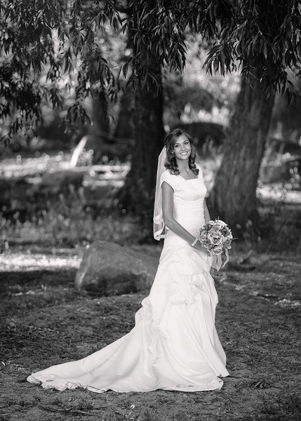 Amy Bridals 064bw.jpg