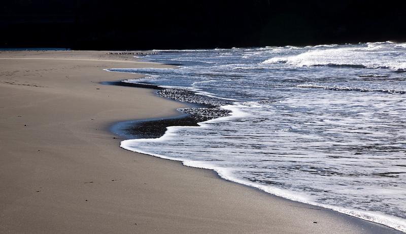 beach_wave.jpg