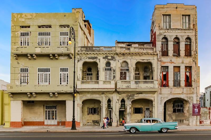 Classic Cars on the Havana Malecon 4