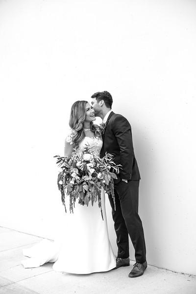 Kate&Josh_B&W_ZACH.WATHEN.PHOTOGRAPHER-229.jpg