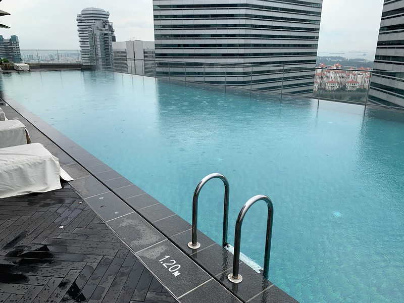 Andaz Singapore Swimming Pool