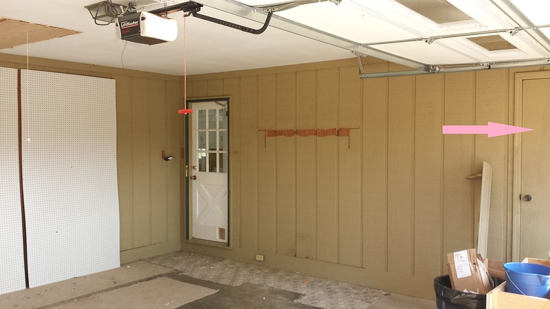 garage before pic.jpg