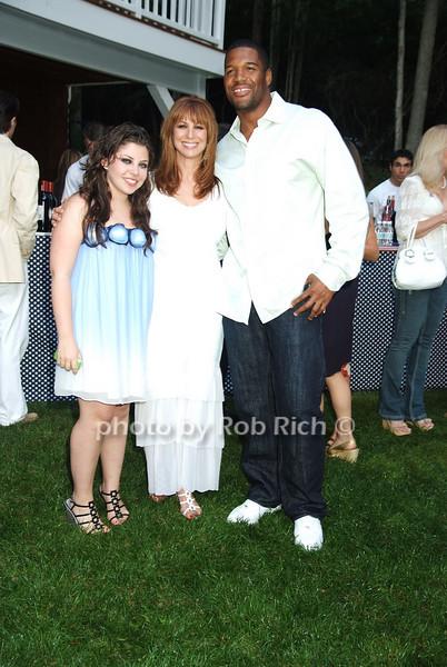 Allyson Shapiro, Michael Strahan, Jill Zarin .photo by Rob Rich © 2008 516-676-3939 robwayne1@aol.com
