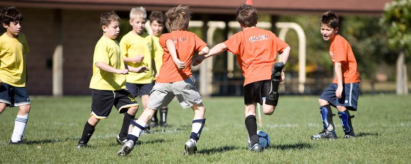 NWK_Soccer_102107_10.jpg