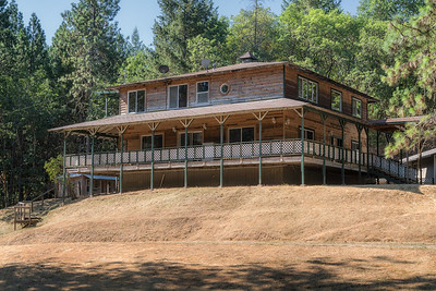 2216 Harbeck Rd—Grants Pass