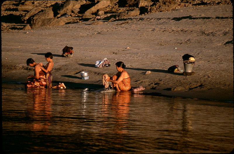 Myanmar1_066.jpg