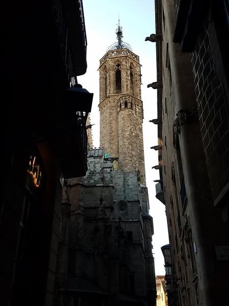 Barcelona Gothic quarter.jpg
