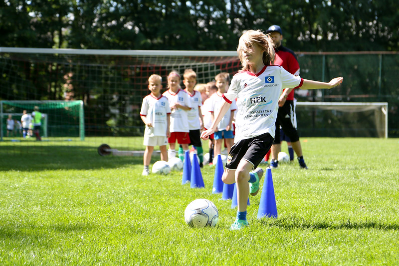hsv_fussballschule-397_48047996818_o.jpg