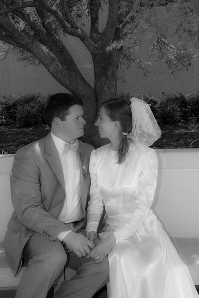 Levi & Emily-4009-2.jpg