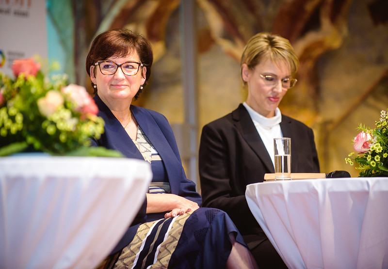 PrvniDamy-077_www.klapper.cz.jpg