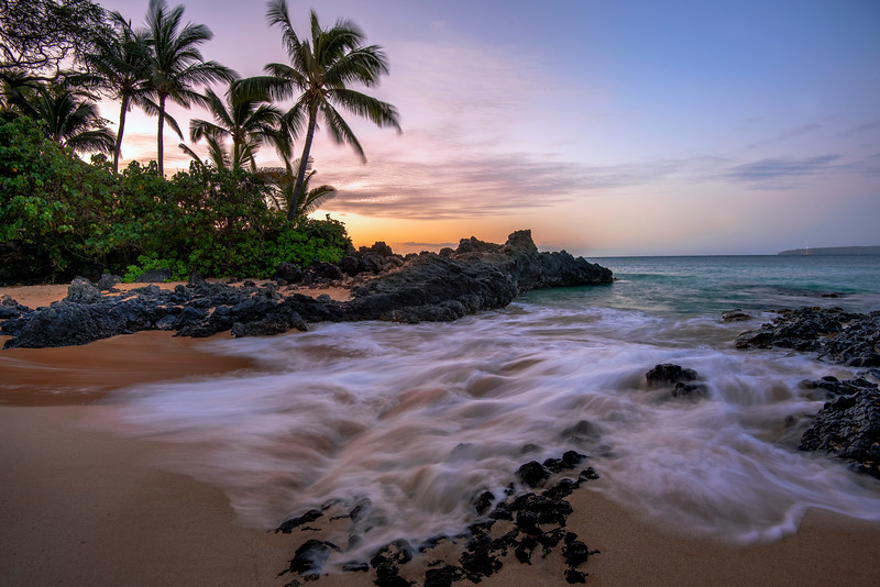 Tropical sunrise, Makena Cove beach, Maui