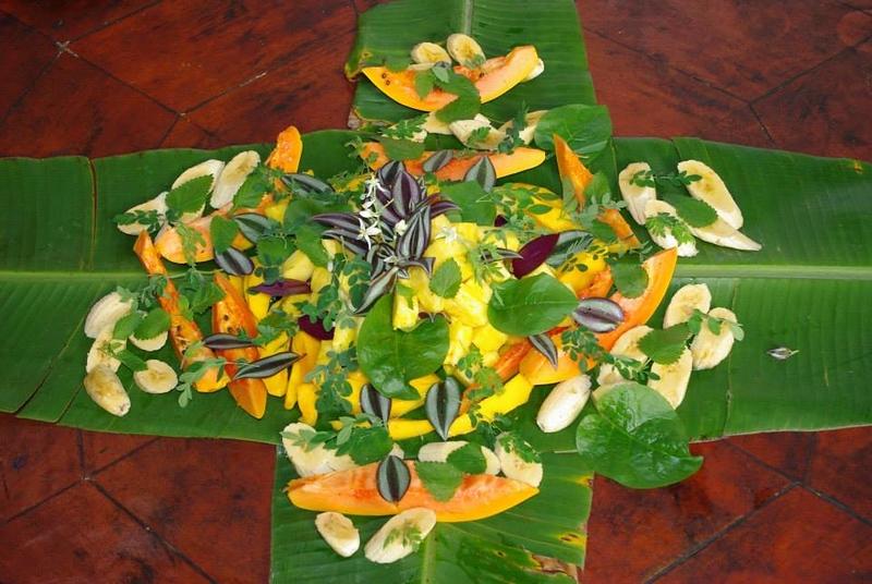 Food_PresentationLeaves.jpg