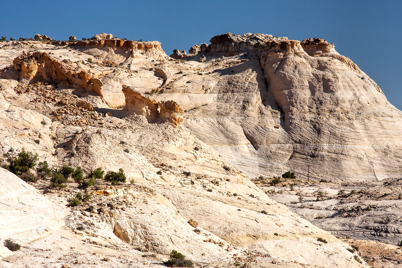 Rocks and terrain on Highway 12 near Escalante, Utah