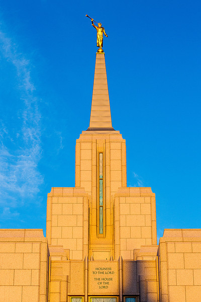 SunriseCalgaryTemple004.jpg