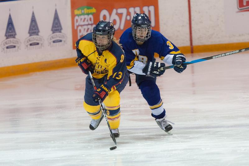20130310 QWHockeyvsUBC 344.jpg