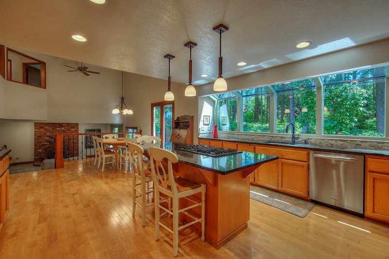 Kitchen into nook.jpg
