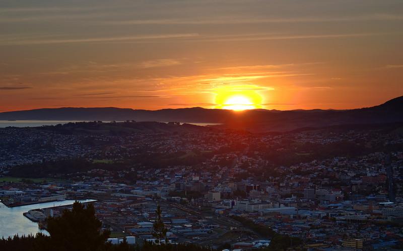 Dunedin sunset viewed from Signal Hill