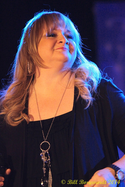 Shawna Lynne - Dirt Road Angels - Ag Society Showcase 007.jpg