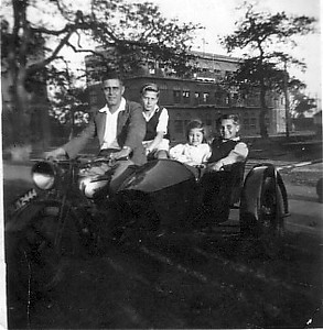 Mum with her dad & brothers 1946.jpg