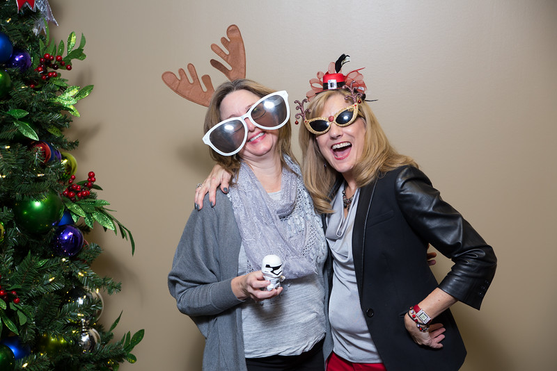 Resource Group 2016 Holiday Party-3051.jpg