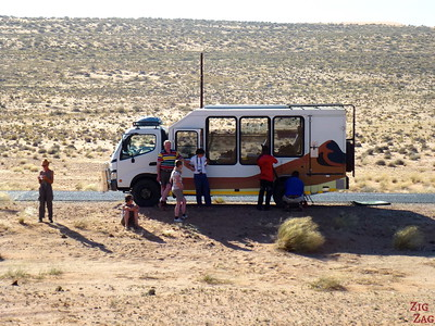 Road trip through South Namibia: flat tire 2