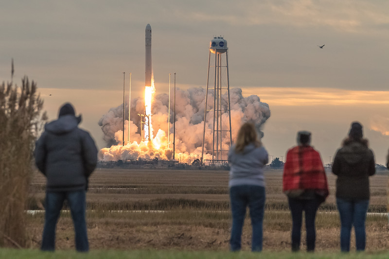 Orbital ATK OA-8 Launch second attempt-9029.jpg