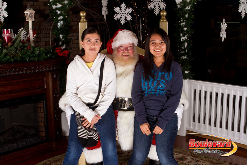 Santa Dec 15-222.jpg
