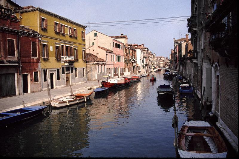 102 Venice Canal03.JPG