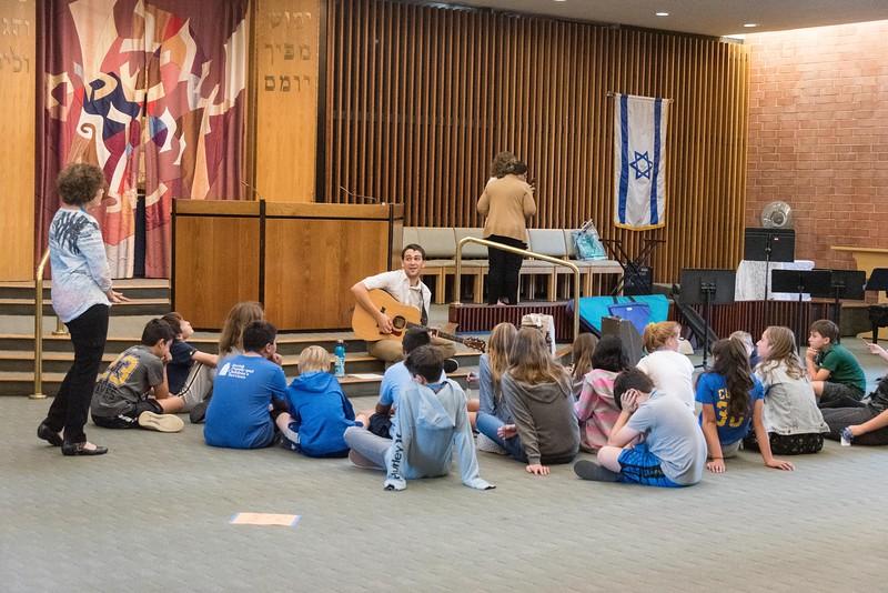 Simchat Torah-100.jpg