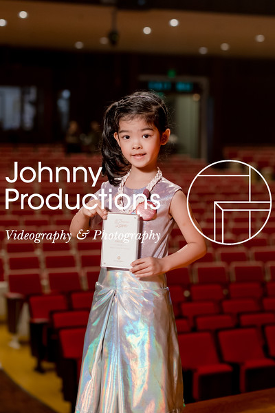 0071_day 1_award_red show 2019_johnnyproductions.jpg