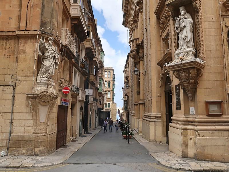 IMG_7329-basilica-entrance.jpg