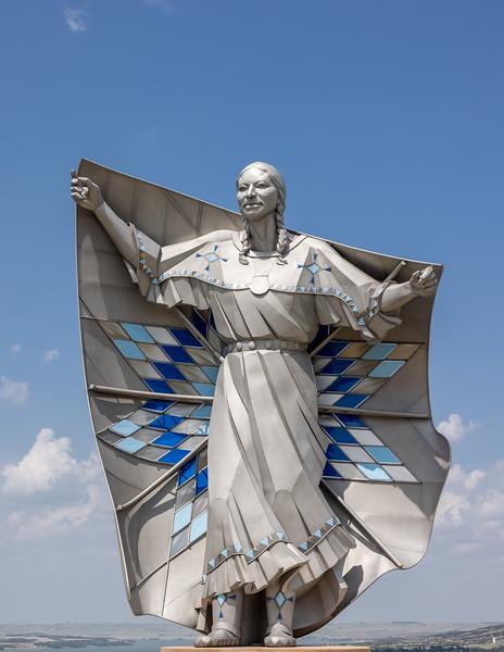 Dignity statue South Dakota -3769.jpg