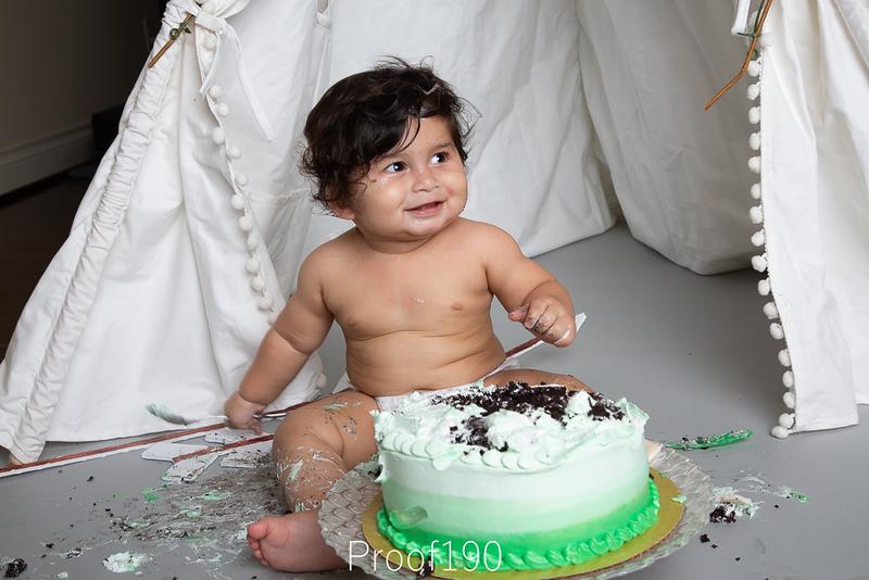 Shivam_Cake-Smash_Proof-190.JPG