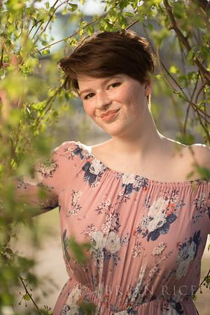 Julia, Senior Pics PROOFS 3.19.17