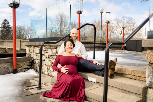 Tyler and Carlian Maternity Session